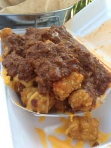Chili cheese tater tots ... mmmmmm ...